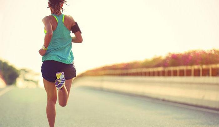 5 usos del móvil como defensa para las corredoras