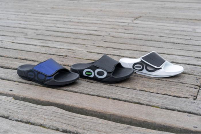 Oofos lanza su primera sandalia de recuperación ajustable