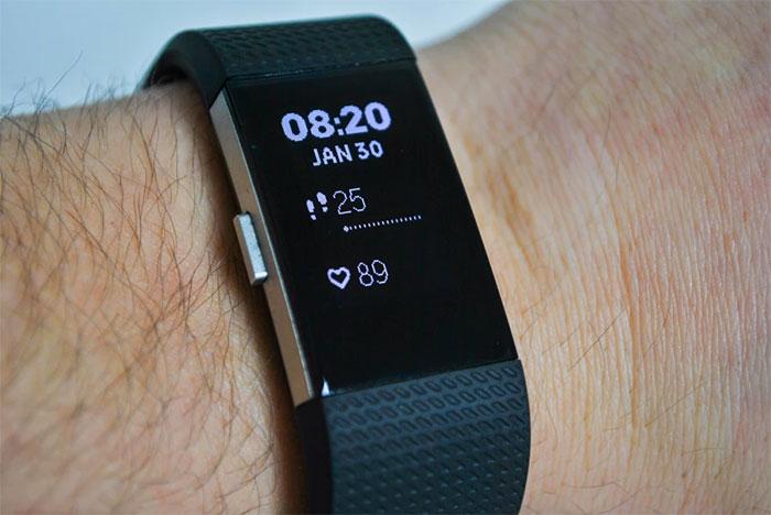 """Philips demanda a Fitbit y Garmin por """"robar"""" su tecnología portátil"""
