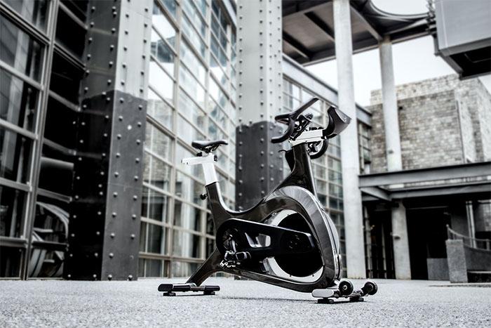 El gurú del ciclo indoor Johnny G lanza al mercado su propia bicicleta