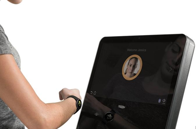 Samsung hace compatible su Galaxy Watch con los equipos cardio de Technogym