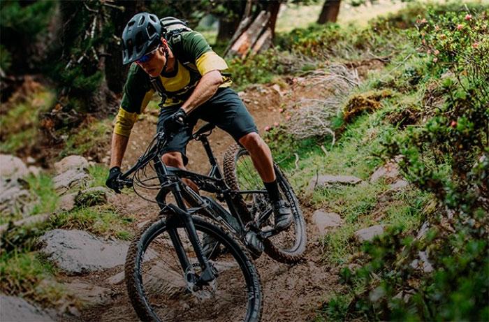 Sportmed se alía con Superior Bikes para implantar la marca en España