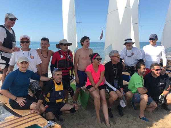 Cinco patines a vela de Calafell darán la vuelta a Ibiza este verano