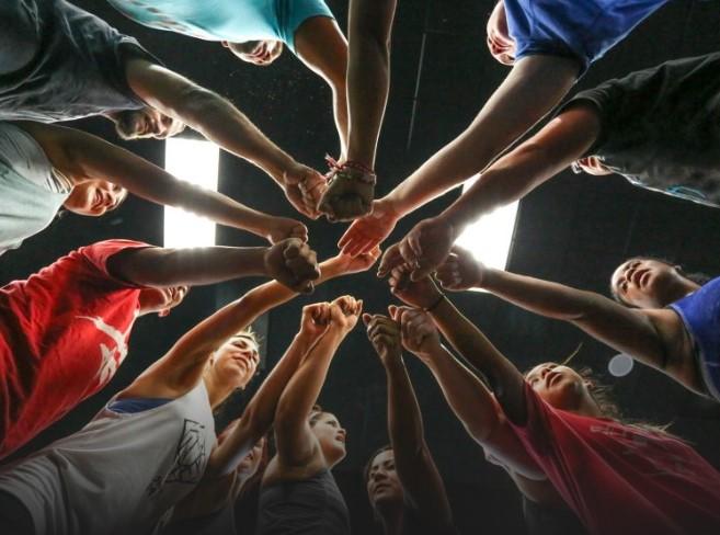 CrossFit lanza una campaña de apoyo a boxes, entrenadores y formadores