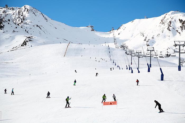 Las estaciones de Andorra no cierran pero anuncian medidas preventivas