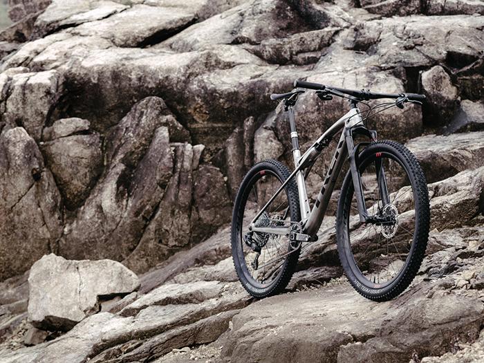 Trek vuelve a diseñar una bicicleta exclusiva para Haimar Zubeldia