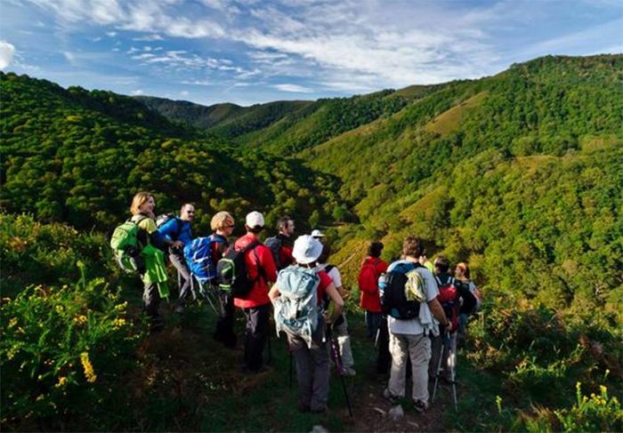 Las empresas de turismo activo piden una reducción del IVA al 10%