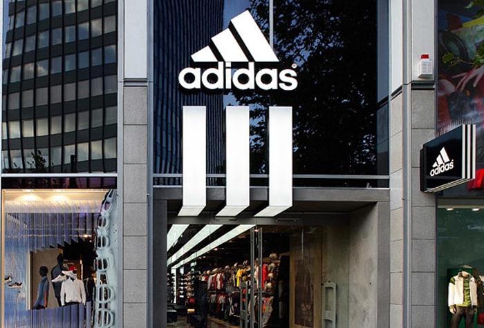 Los beneficios de Adidas se desploman un 97% por la crisis del coronavirus
