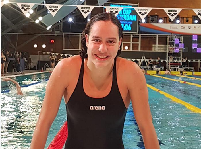 Arena ficha a Alba Vázquez para su equipo de nadadores