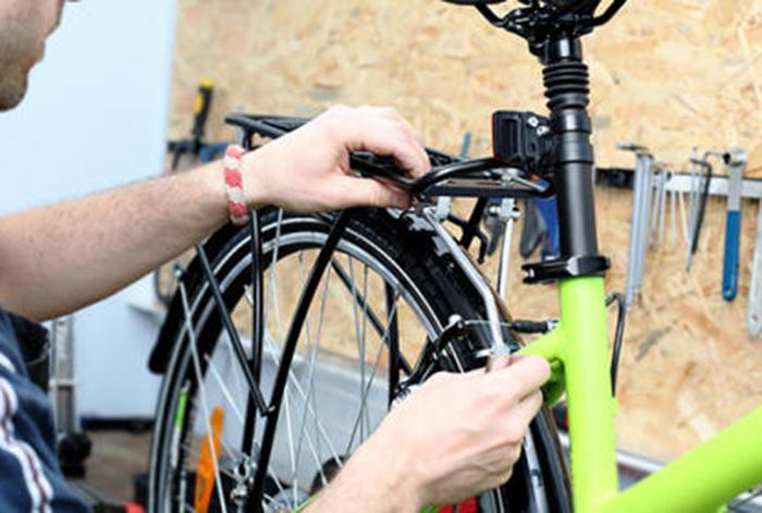 Atebi finaliza la campaña de revisiones gratuitas de bicis con más de mil solicitudes