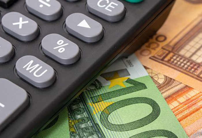 El 52% de los comercios minoristas se ha visto obligado a pedir un préstamo