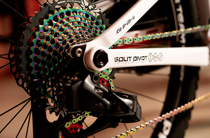 BH Bikes sigue apostando por el sistema de suspensión Split Pivot en sus dobles