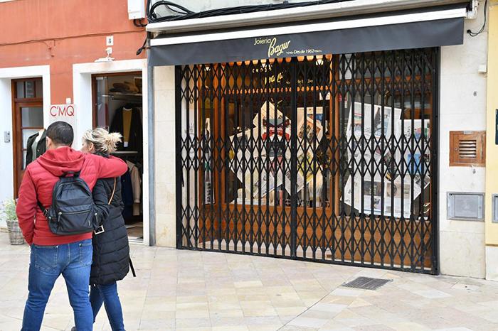 Sólo el 36% de las tiendas españolas han vuelto a abrir