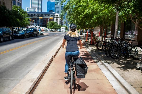 Seis consejos para ir al trabajo en bicicleta