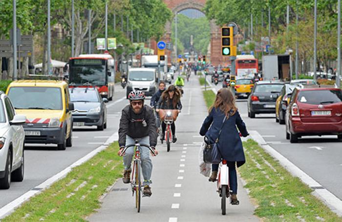 El Gobierno anuncia un plan de fomento de la bicicleta