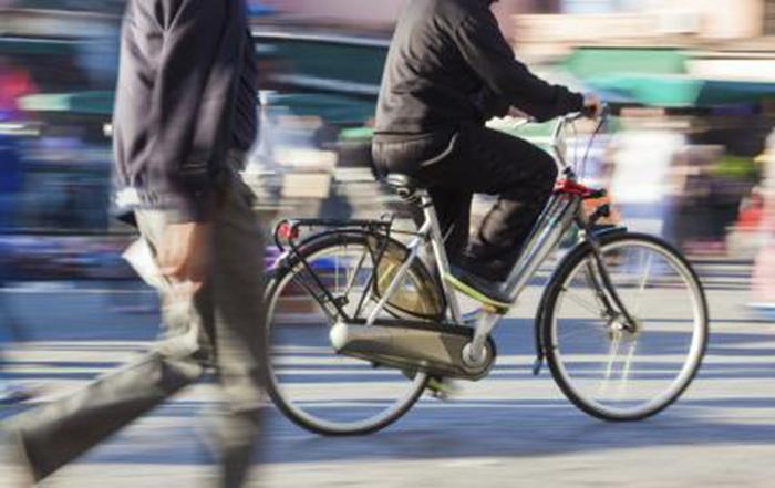 Colectivos ciclistas y ecologistas reclaman más apoyo a la bicicleta en la desescalada