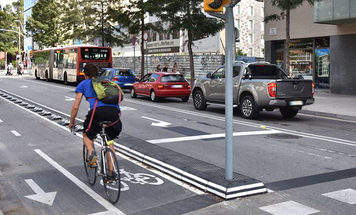 Atebi se ofrece al Ministerio de Transportes para impulsar la bici urbana