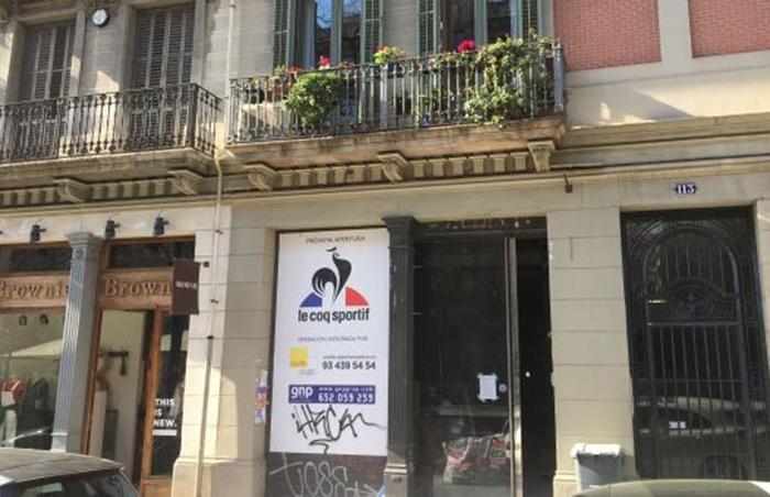 Le Coq Sportif ultima nueva tienda en Barcelona pese a la caída de sus ventas