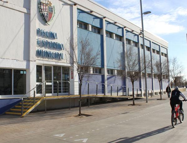 El Club Natació Badalona teme perder equipos por el caos de la piscina municipal