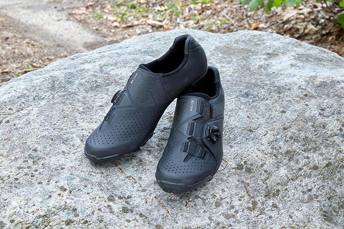 Shimano renueva sus modelos básicos de zapatillas de carretera y montaña