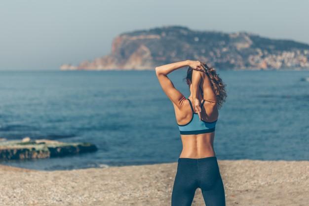 Aconsejan mantener las rutinas de entrenamiento y alimentación en verano