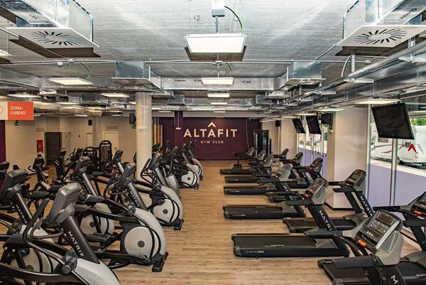Altafit lidera la débil expansión del parque de gimnasios español al cierre de agosto