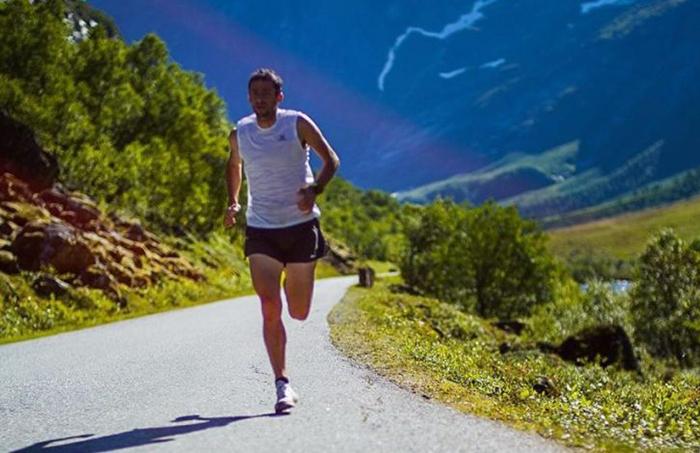 Kilian Jornet se supera en nuevo entrenamiento al límite