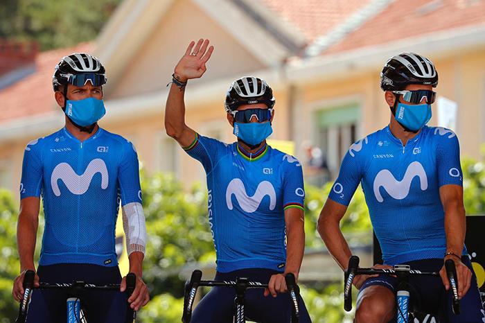 226ers diseña las mascarillas del Movistar Team