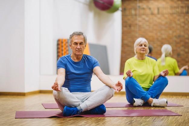 El yoga podría mejorar los síntomas de los pacientes cardíacos