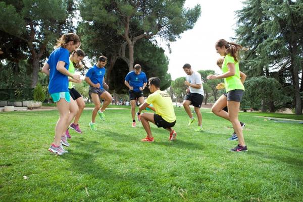 Recomiendan a los gimnasios reinventarse con más actividades al aire libre