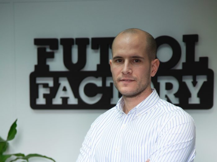 Futbol Factory aguanta la bajada de ventas offline gracias a su músculo financiero