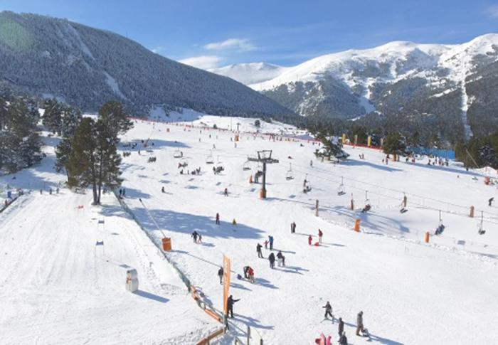 Las estaciones de esquí catalanas dan por perdido el puente de la Purísima