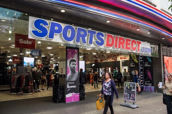 Sports Direct ratifica su desembarco en España a lo grande