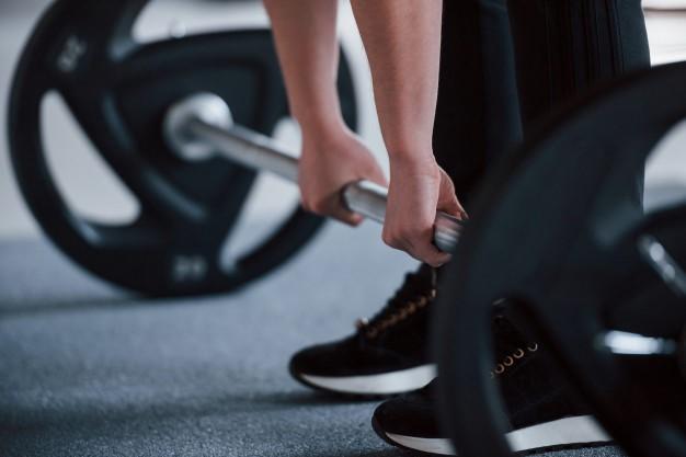 El Ayuntamiento de El Pinar licita la compra de material fitness para el gimnasio