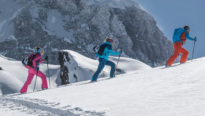 Qué materiales se necesitan para iniciarse en el esquí de travesía