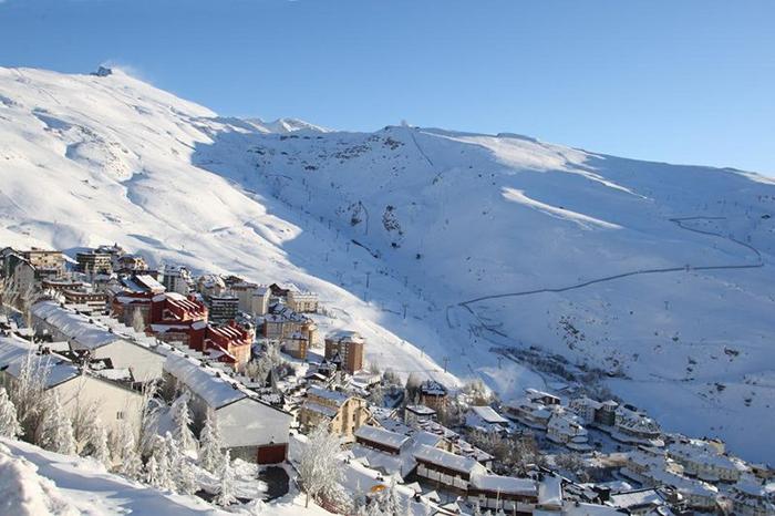 Sierra Nevada abrirá el 18 de diciembre con aforo limitado