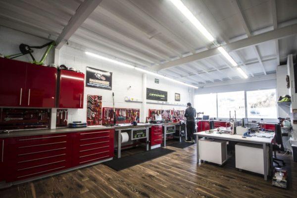 Racing Shox abre el servicio técnico de Cannondale a clientes finales