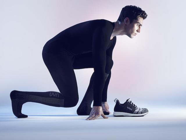 UYN lanza un calzado que regula el sudor y el calor a través del empeine