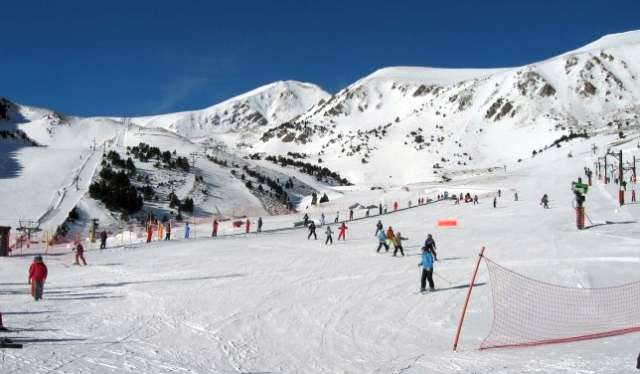 Cataluña alarga el cierre de las estaciones de esquí y los centros comerciales