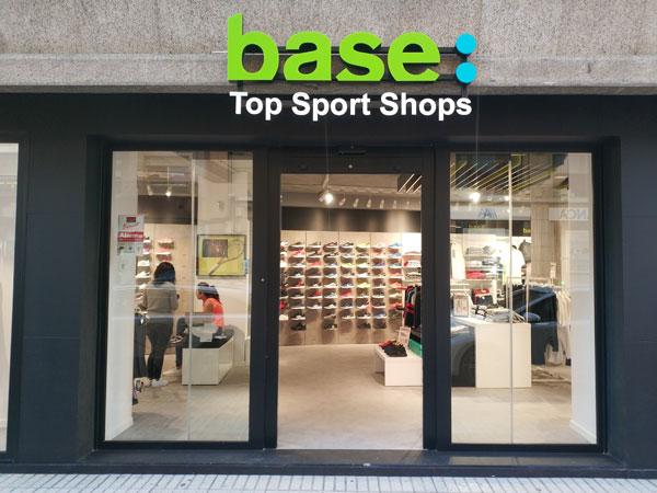 Base Detall Sport urge a sus socios a implantar la imagen corporativa en sus tiendas