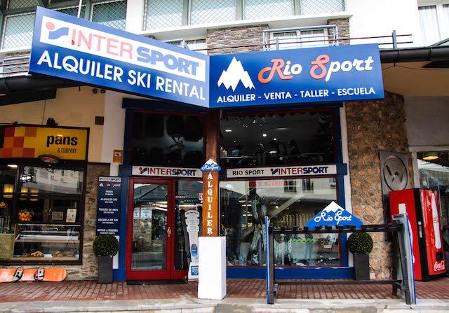 Intersport Rio Sport pide a las marcas de esquí que retrasen las programaciones