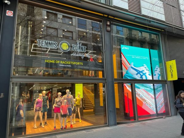 Tennis-Point abre su tienda premium de Barcelona