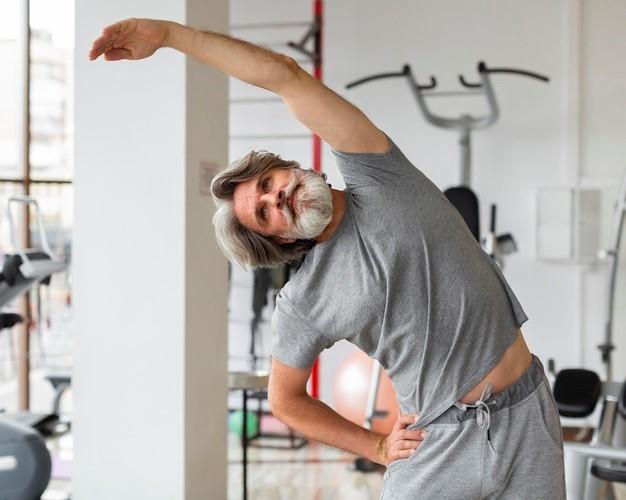 10 actividades físicas para prevenir 10 patologías de los seniors