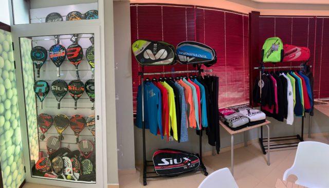 Padel Nuestro desembarca en Extremadura con una tienda Express