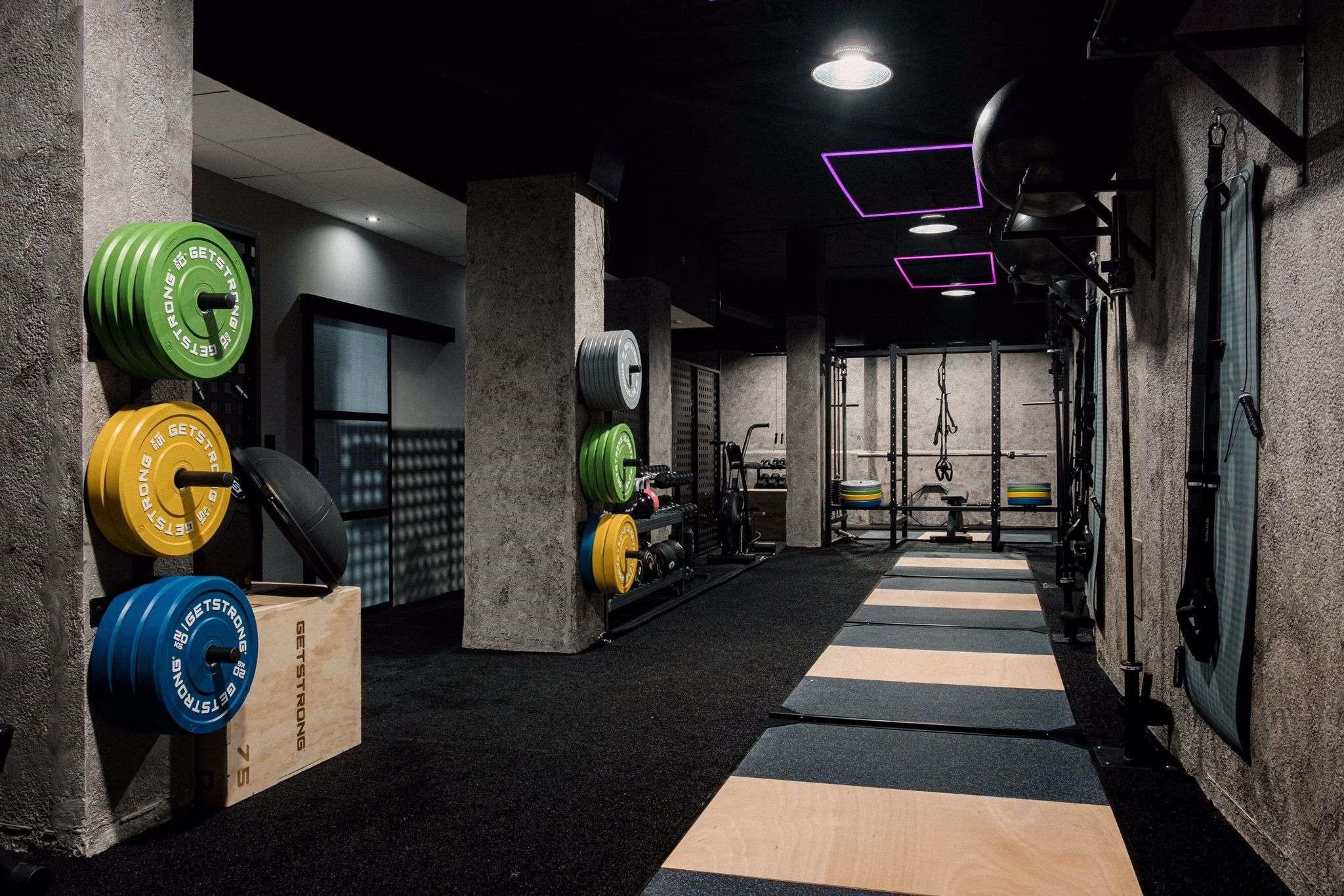 Abre el gimnasio Elleven Club en el centro de Murcia