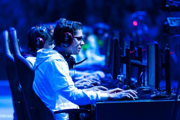 Acedyr  'evangelizará' a los clubes sobre la conveniencia de implantar e-Sports
