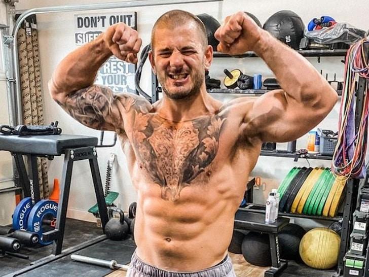 El campeón de CrossFit Mat Fraser anuncia su retirada