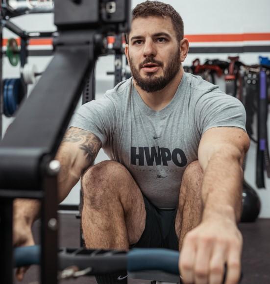 Mat Fraser lanza su programa de entrenamiento HWPO Training