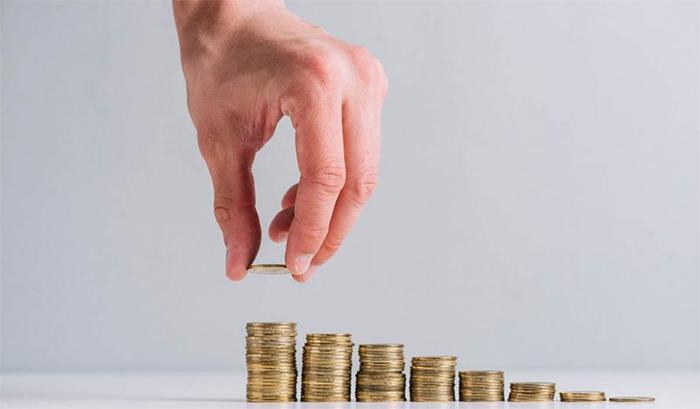 El Gobierno destinará 11.000 millones a la hostelería, al turismo y al pequeño comercio