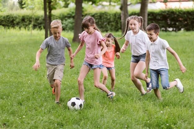 Emitir música en los recreos aumenta el nivel de actividad física de los escolares